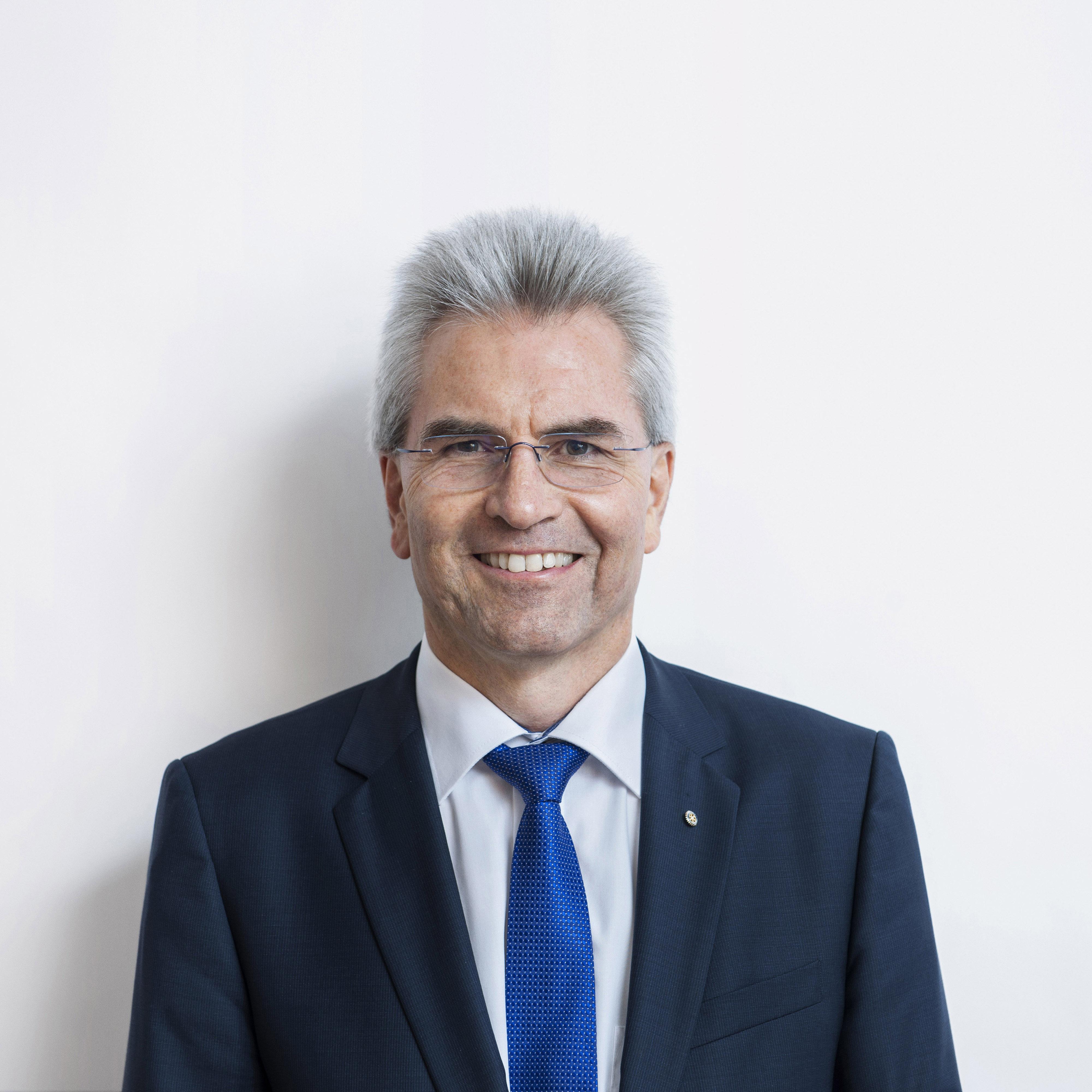 Dr. Hans-Peter Hubmann